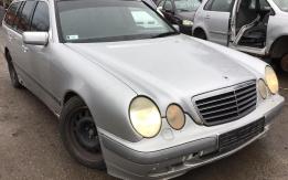 Mercedes-Benz E320CDI W210 (1999) Alkatrészek eladók #A168