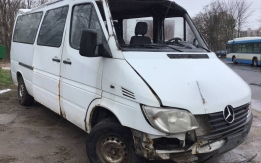 MERCEDES-BENZ SPRINTER I/2 W903 (1995-2006) 308 CDi 611.987